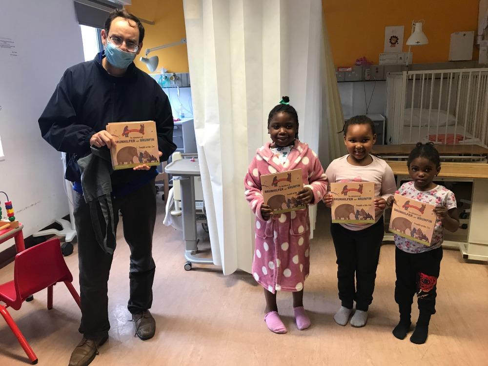 Edwin Lampert and children on Children's Inpatients
